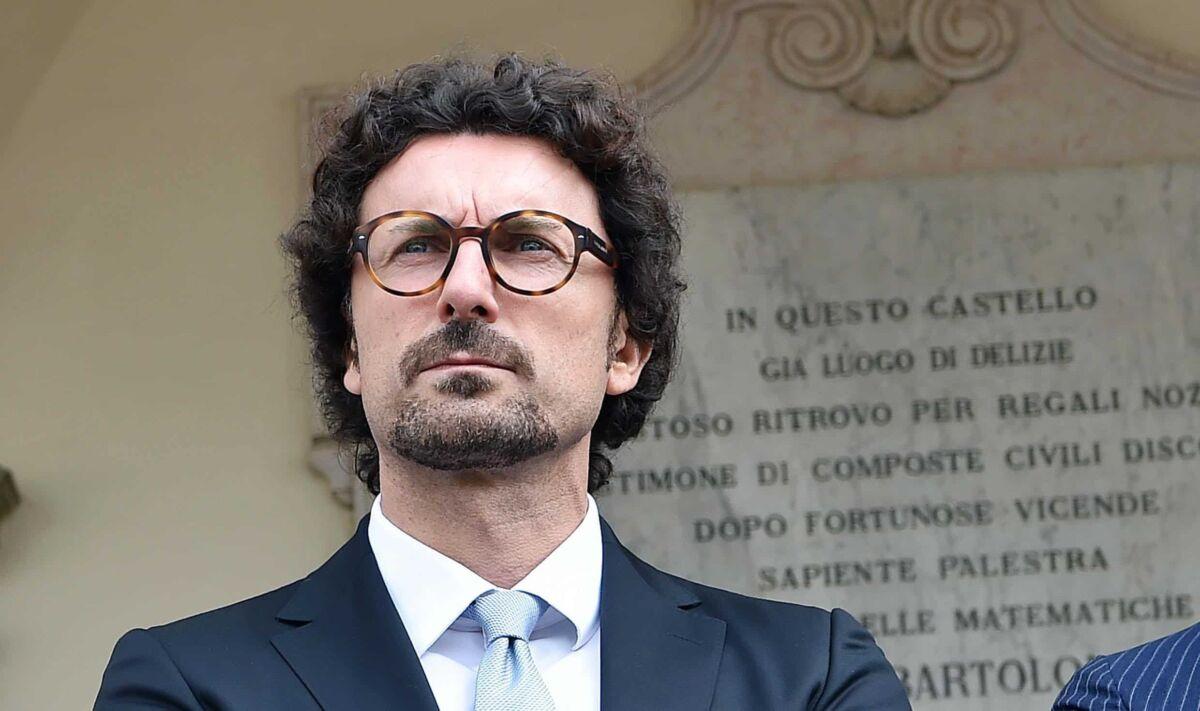 Toninelli contro Tirrenia: monopolio che va fermato - Fortune Italia