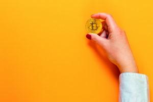 blockchain ladies bitcoin criptovalute ico