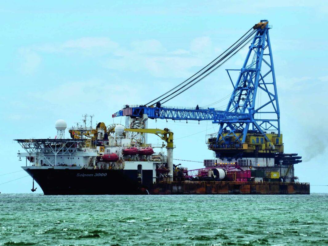 Saipem petrolio petroliera
