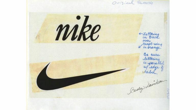 Il logo originale di Nike disegnato nel 1971 da Carolyn Davidson, una studentessa di grafica alla Portland State University