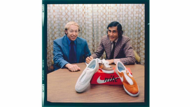 Phil Knight, co-fondatore di Nike, con Ilie Nästase