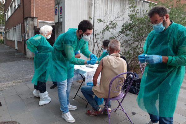 vaccini homeless Stazione Termini