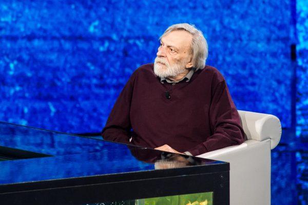 Fabio Fazio con Gino Strada ospite della prima puntata della trasmissione Rai