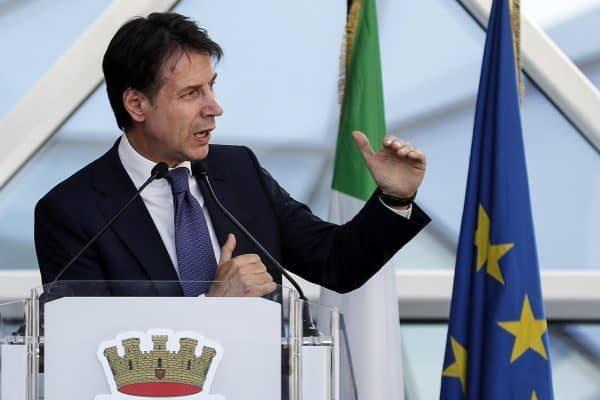 Il presidente del Consiglio dei Ministri, Giuseppe Conte, durante la celebrazione per i 20 anni della Polizia Postale e delle Comunicazioni, Roma, 18 luglio 2018. ANSA/RICCARDO ANTIMIANI