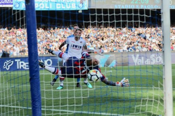 May 20, 2018 - Naples, Campania, Italy - Arkadiusz Milik of SSC Napoli in action during the Serie A football match between SSC Napoli and Crotone at San Paolo Stadium.goalkeeper in the croton goalkeeper Alli Coldaz.(Final score SSC Napoli 2 - 1 crotone FC) (Credit Image: © Fabio Sasso/Pacific Press via ZUMA Wire)