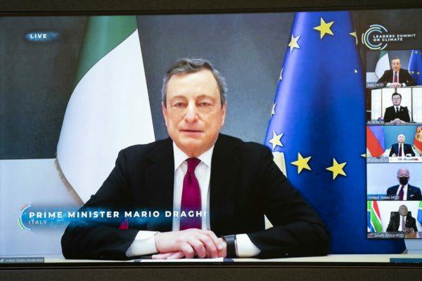 Il presidente del Consiglio Mario Draghi prende parte in videoconferenza al Leaders Summit on Climate, Roma, 22 aprile 2021. ANSA/FILIPPO ATTILI UFFICIO STAMPA PALAZZO CHIGI ++ EDITORIAL USE ONLY NO SALES ++ HO