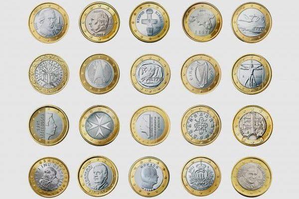 I lati nazionali delle monete da un Euro dei 17 Paesi che, con l'ingresso dell'Estonia, dal 1/o gennaio 2011 compongono l' Unione monetaria europea e dei tre microstati che hanno adottato l'euro in virtu' delle preesistenti condizioni di unione monetaria con paesi membri della UE (oltre ad Andorra, che ha adottato l'Euro ma non ha una moneta propria): fila in alto (da sin) Austria, Belgio, Cipro, Estonia, Finlandia; seconda fila (da sin) Francia, Germania, Grecia, Irlanda, Italia; terza fila (da sin.) Lussemburgo, Malta, Olanda, Portogallo, Slovacchia; fila in basso (da sin.) Slovenia, Spagna, Principato di Monaco, Repubblica di San Marino, Citta' del Vaticano.L'euro e' stato introdotto con successo in Estonia, diventato il 17esimo Paese dell'Unione Europea ad adottare la moneta unica. Lo rende noto la Banca Centrale Europea in un comunicato, precisando che fino al 14 gennaio sara' possibile pagare sia in euro che in corone estoni, ma dopo quella data l'euro diventera' la sola valuta legale della Repubblica Baltica.ANSA / BANCA CENTRALE EUROPEA