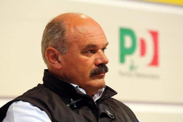 Il patron di Eataly, Oscar Farinetti, partecipa alla Festa nazionale dell'Unita' a Bologna, 03 settembre 2014. ANSA/GIORGIO BENVENUTI
