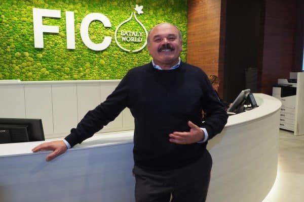 Oscar Farinetti, patron di 'Eataly' in occasione della presentazione alla stampa dell'area dedicata alle eccellenze marchigiane, la Fabbrica Italiana Contadina (Fico Eataly Word) che verrà aperta mercoledì 15 novembre, Bologna, 9 Novembre 2017. ANSA/ GIORGIO BENVENUTI