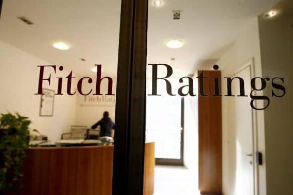 Perquisizioni della Guardia di Finanza nella sede dell'Agenzia di rating Fitch in via Santa Maria alla Porta 1 a Milano, 24 gennaio 2012. ANSA/DANIELE MASCOLO