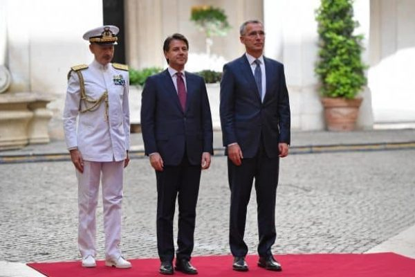Italian Prime Minister Giuseppe Conte (C) welcomes Nato Secretary General Jens Stoltenberg (R) at Chigi Palace in Rome, Italy, 11 June 2018. ANSA/ETTORE FERRARI
