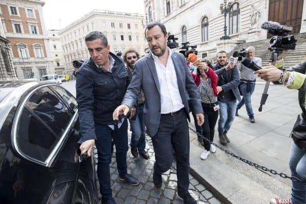 Il leader della Lega, Matteo Salvini esce dal Parlamento dopo l'incontro con il capo politico del Movimento 5 Stelle Luigi Di Maio, Roma, 10 maggio 2018.ANSA/MASSIMO PERCOSSI