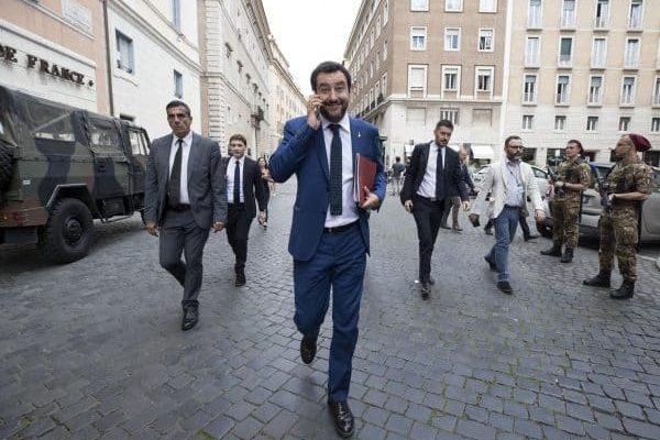 Il ministro dell'Interno Matteo Salvini arriva al Senato per il voto di fiducia, Roma, 5 giugno 2018. ANSA/MASSIMO PERCOSSI