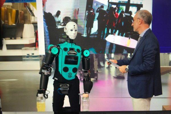 robot RoBee