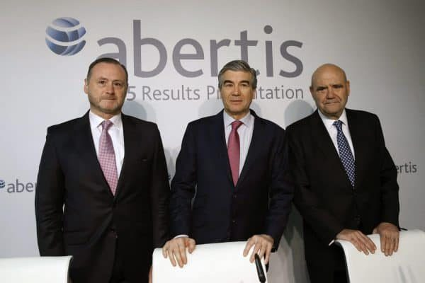 epa05152434 Spanish conglomerate corporation Abertis' Deputy President and CEO, Francisco Reynes (C), Chief Financial Officer, Jose Aljaro Navarro (L), and Director of Communication, J.M Hernandez, pose before the start of the Abertis 2015 Results presentation in Madrid, Spain, 10 February 2016. Abertis, world leader company in the management of toll roads and infrastructure, reported 4,378 million euro revenue in 2015 and forecasted to have around 4,700 million euro turnover in 2016. EPA/JUAN CARLOS HIDALGO