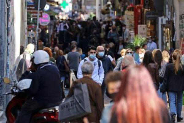 Covid e persone in strada
