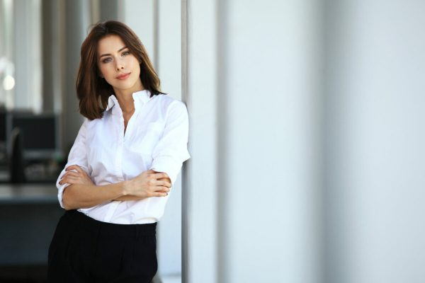 Modern,Business,Woman,In,The,Office,With,Copy,Space