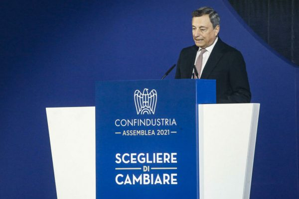 Il presidente del consiglio Mario Draghi, durante l'Assemblea 2021 di Confindustria, Roma 23 settembre 2021. ANSA/FABIO FRUSTACI
