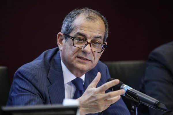 Il ministro dell'Economia e delle Finanze, Giovanni Tria, in una recente immagine d'archivio. ANSA/FABIO FRUSTACI