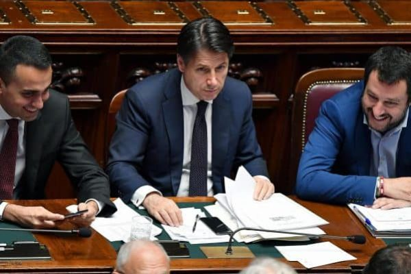Italian premier Giuseppe Conte (C), flanked by Interior Minister Matteo Salvini (R) and Labour Minister Luigi Di Maio (L), addresses the Lower Chamber asking it to put its confidence in his 5-Star Movement/League coalition government in Rome, Italy, 06 June 2018. Premier Giuseppe Conte is set to address the Lower House for a confidence vote on his government programme Wednesday, the second of two after winning the confidence of the Senate Tuesday night.ANSA/ETTORE FERRARI