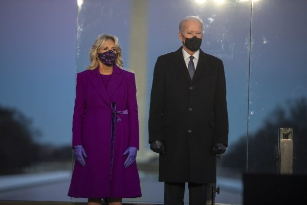 epa08950513 President-elect Joe Biden, with Dr. Jill Biden, participates in a COVID memorial event at the Lincoln Memorial in Washington, DC, USA, 19 January 2021. Joe Biden will be sworn in as the 46th President of the United State during a ceremony at the US Capitol on 20 January.  EPA/SHAWN THEW