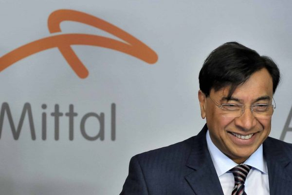epa03691579 Lakshmi Mittal, Chairman of the Board of Directors and CEO of the steel making company ArcelorMittal, arrives for the ArcelorMittal shareholders meeting in Luxembourg, 08 May 2013. EPA/NICOLAS BOUVY