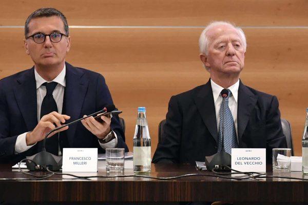 Il vicepresidente e Ad di Luxottica, Francesco Milleri (s), e il presidente di Luxottica, Leonardo Del Vecchio all'assemblea degli azionisti, Milano 19 aprile 2018. ANSA/DANIEL DAL ZENNARO