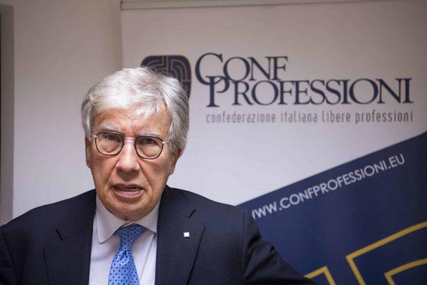 Il presidente di Confprofessioni, Gaetano Stella, a Roma, 18 dicembre 2019. ANSA/MAURIZIO BRAMBATTI
