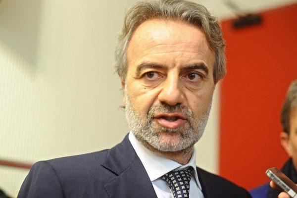 Il direttore generale dell'Aifa, Luca Pani, durante il 31/o congresso nazionale Simg (medici di medicina generale) al Palacongressi di Firenze, 28 novembre 2014. ANSA/ MAURIZIO DEGL'INNOCENTI