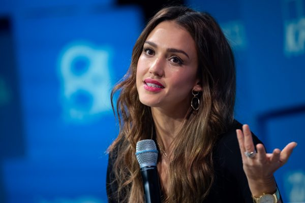 30 September 2019, Bavaria, Munich: Actress Jessica Alba is on stage during the closing speech of the company founder and investor meeting Bits & Pretzels. At Bits & Pretzels, successful founders report on their experiences, present ideas and come into contact with investors. Photo: Sven Hoppe/dpa