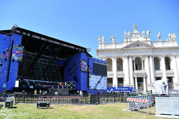 Il palco per il Concertone del Primo Maggio in piazza San Giovanni a Roma, 30 aprile 2019. ANSA/ ETTORE FERRARI