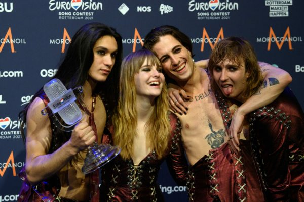 23 May 2021, Netherlands, Rotterdam: Guitarist Ethan (l-r), bassist Victoria, singer Damiano and guitarist Thomas of the band