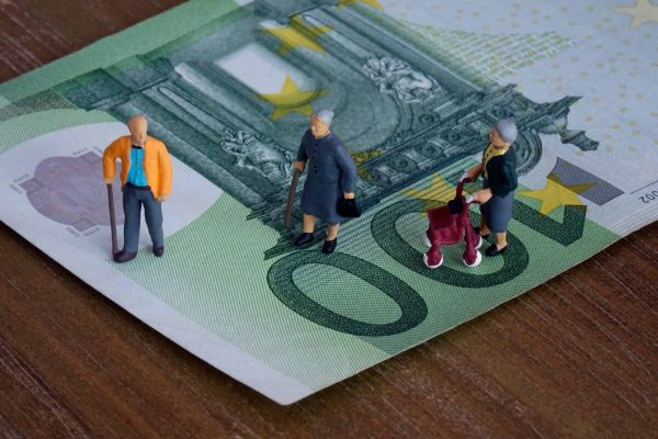 pensioni Pensione Lavoro anziani welfare assistenza sanitaria