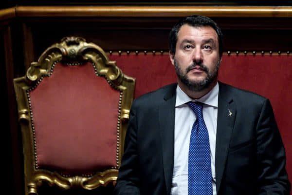 Il vicepremier e ministro dell'Interno Matteo Salvini nell'aula del Senato della Repubblica durante il Question Time, Roma, 25 ottobre 2018. ANSA/ANGELO CARCONI